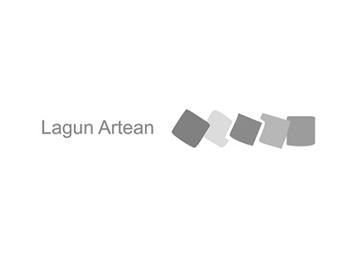 lagun-artea